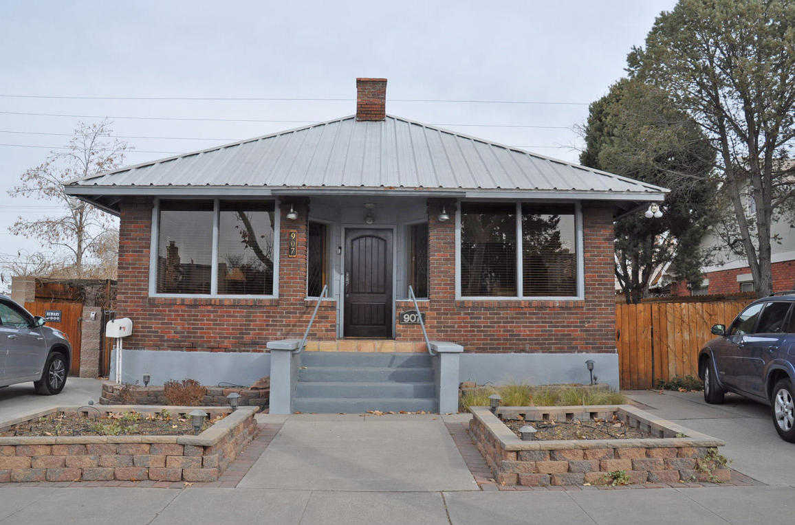 $499,000 - 5Br/6Ba -  for Sale in Rnolds Add, Albuquerque