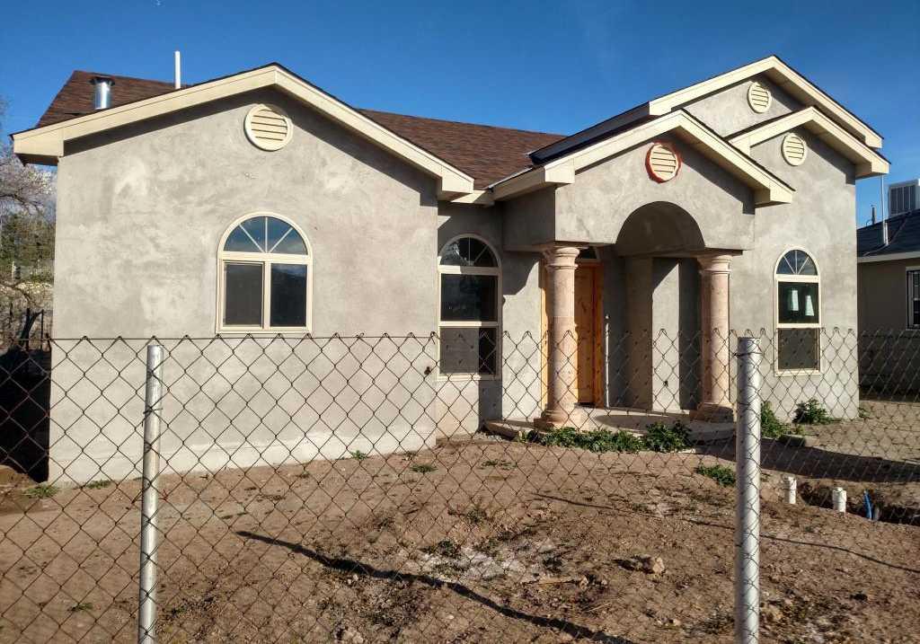 $284,000 - 3Br/2Ba -  for Sale in Albuquerque