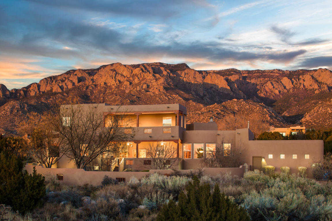 $725,000 - 3Br/3Ba -  for Sale in Sandia Heights, Albuquerque