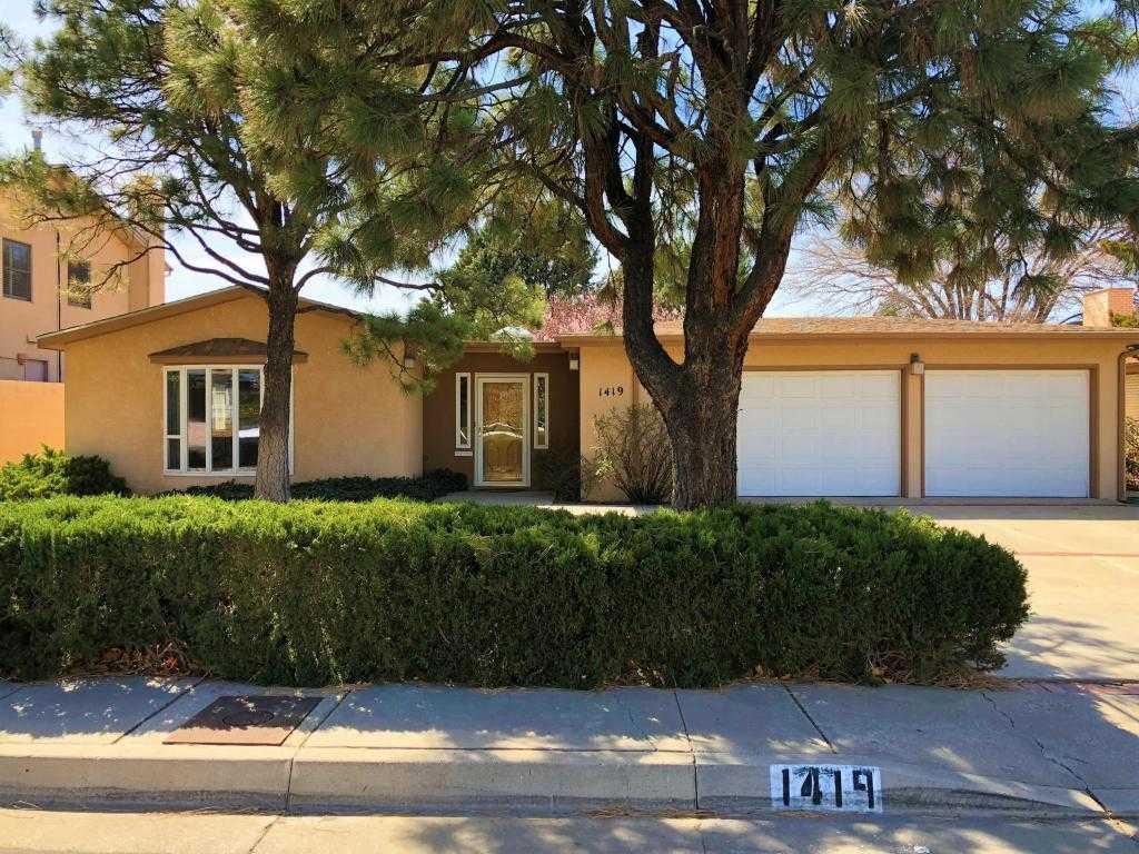$465,000 - 4Br/3Ba -  for Sale in Altura Add, Albuquerque