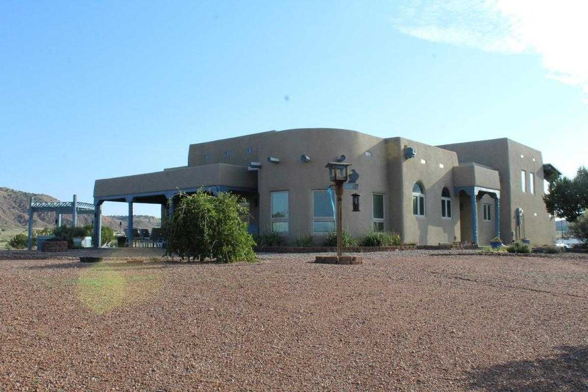$760,000 - 3Br/4Ba -  for Sale in Santa California City, Abiquiu