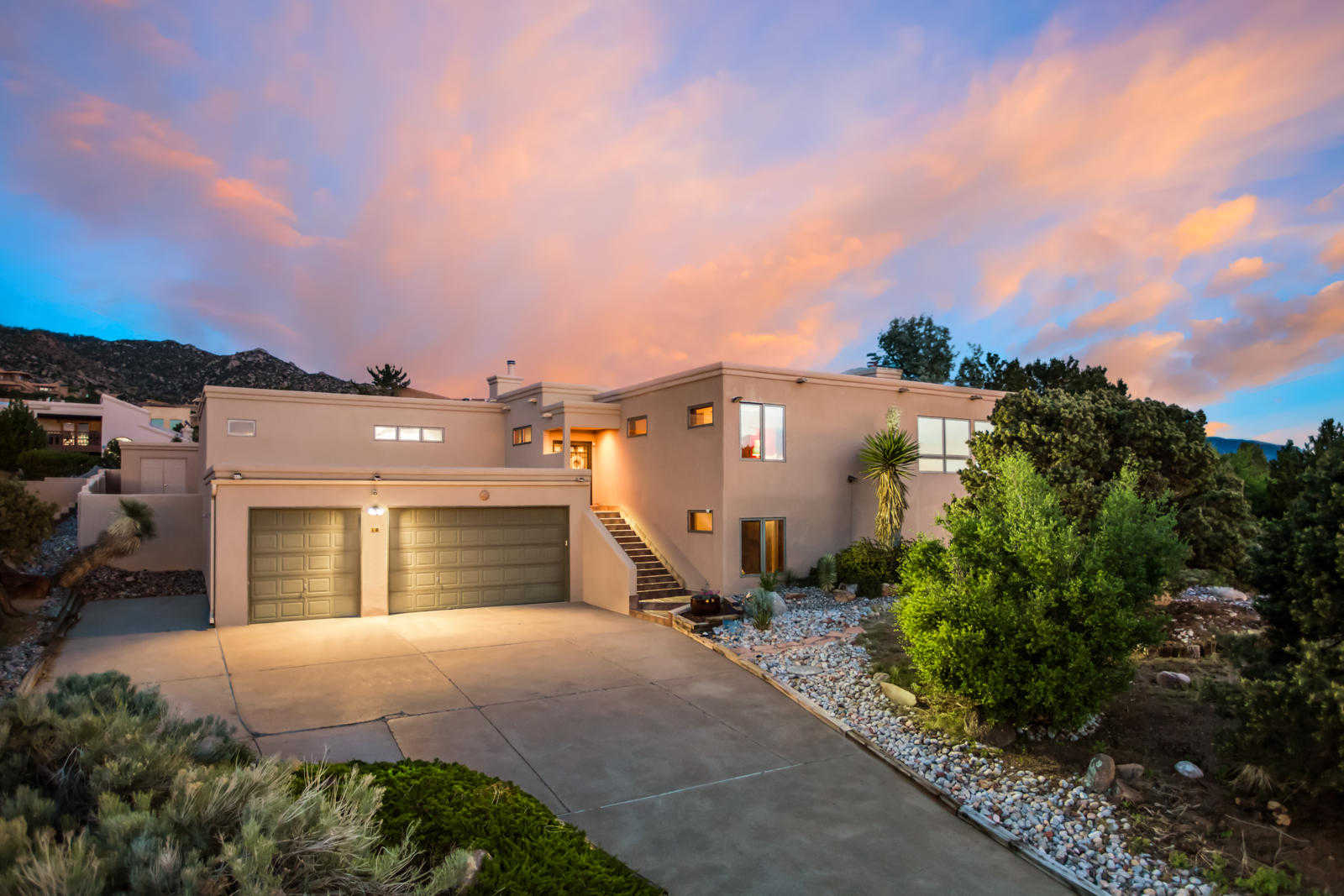 $750,000 - 5Br/4Ba -  for Sale in Sandia Heights, Albuquerque