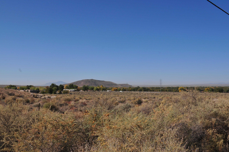 $247,500 - Br/Ba -  for Sale in Gurule Estates, Los Lunas