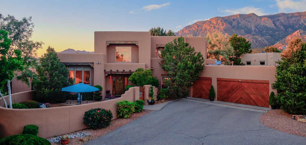$1,100,000 - 4Br/5Ba -  for Sale in Albuquerque