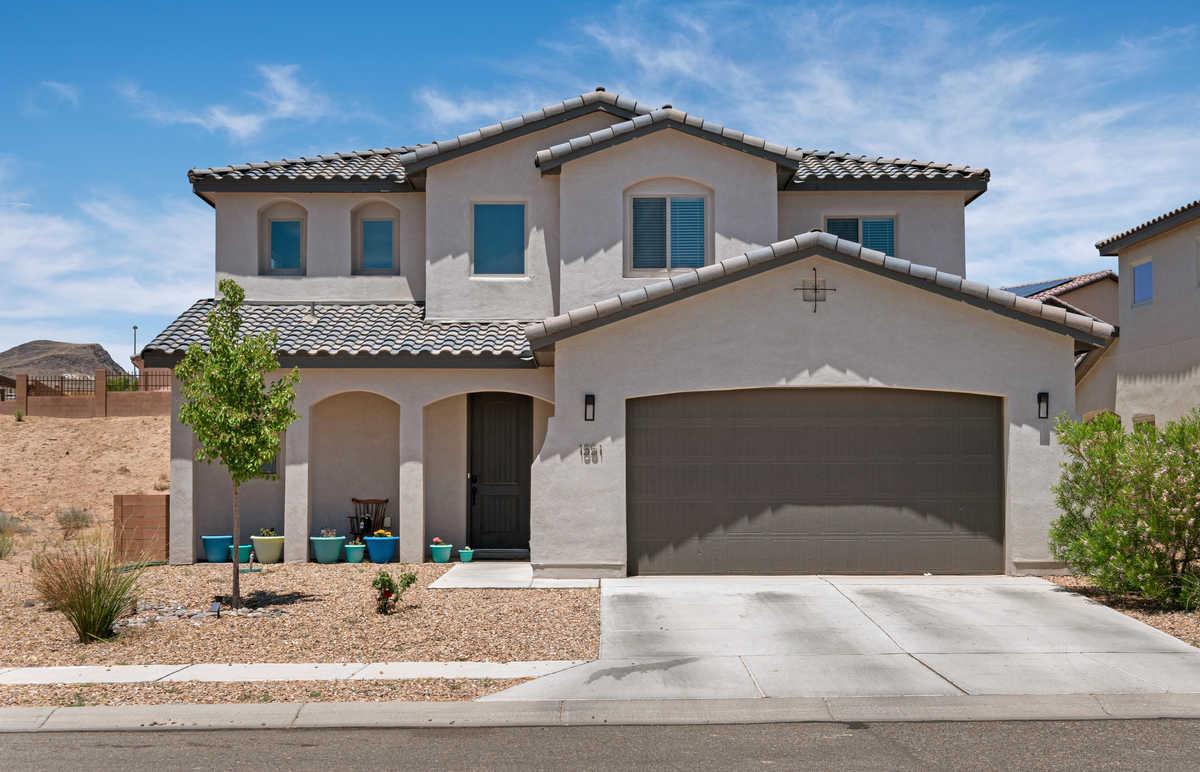 $399,000 - 3Br/3Ba -  for Sale in Rancho Valencia, Los Lunas