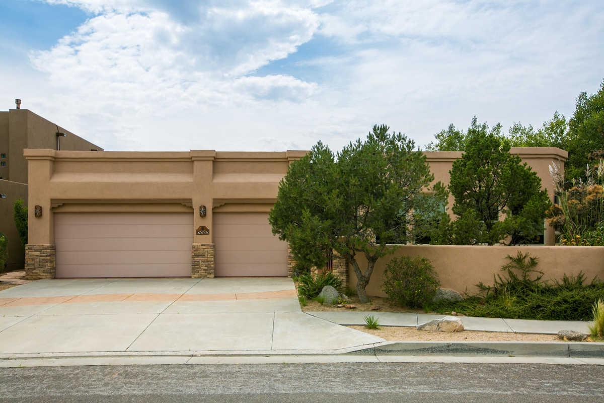 $699,000 - 4Br/3Ba -  for Sale in Albuquerque