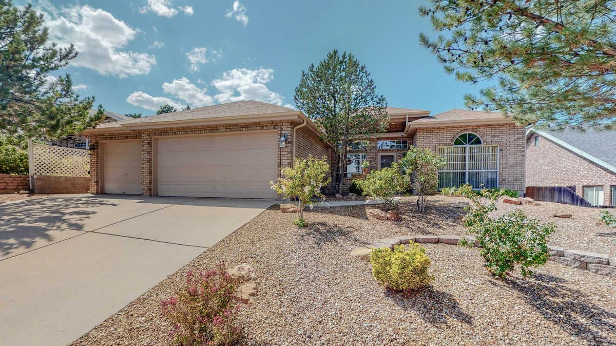 $380,000 - 4Br/2Ba -  for Sale in Albuquerque