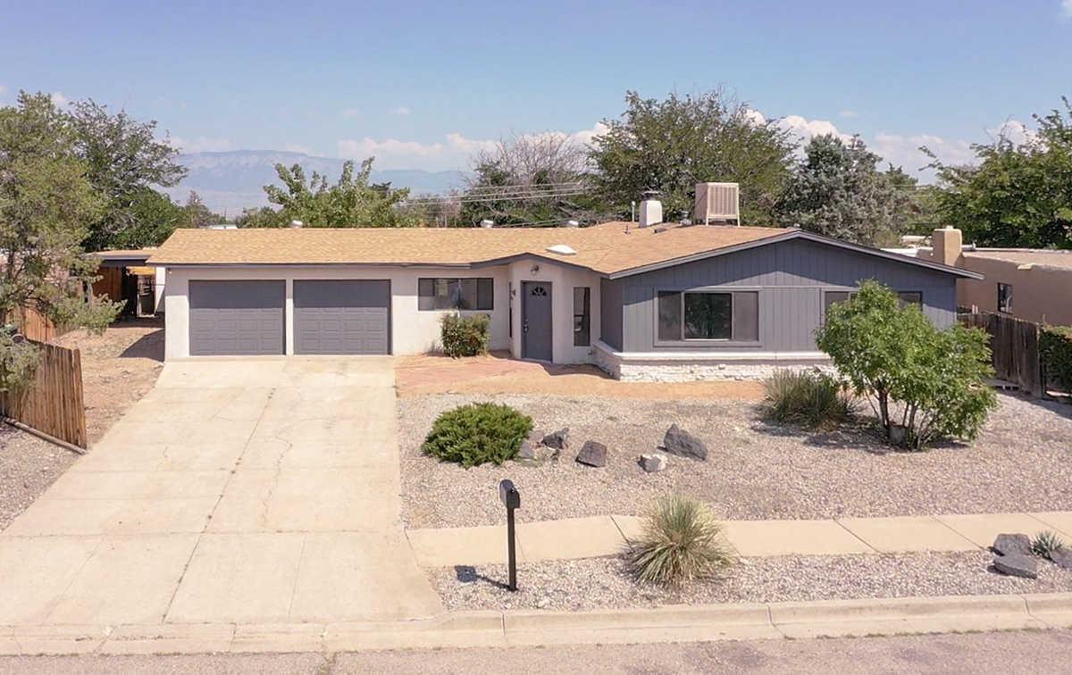 $339,900 - 5Br/3Ba -  for Sale in Albuquerque