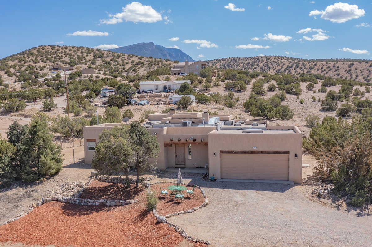 $349,999 - 2Br/1Ba -  for Sale in Lands Of Flores John R And Jane, Placitas