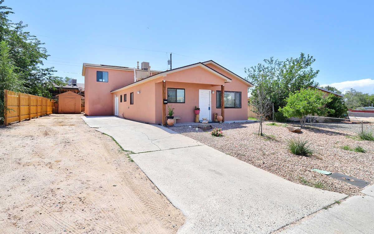 $266,000 - 4Br/4Ba -  for Sale in Kirtland Addition, Albuquerque