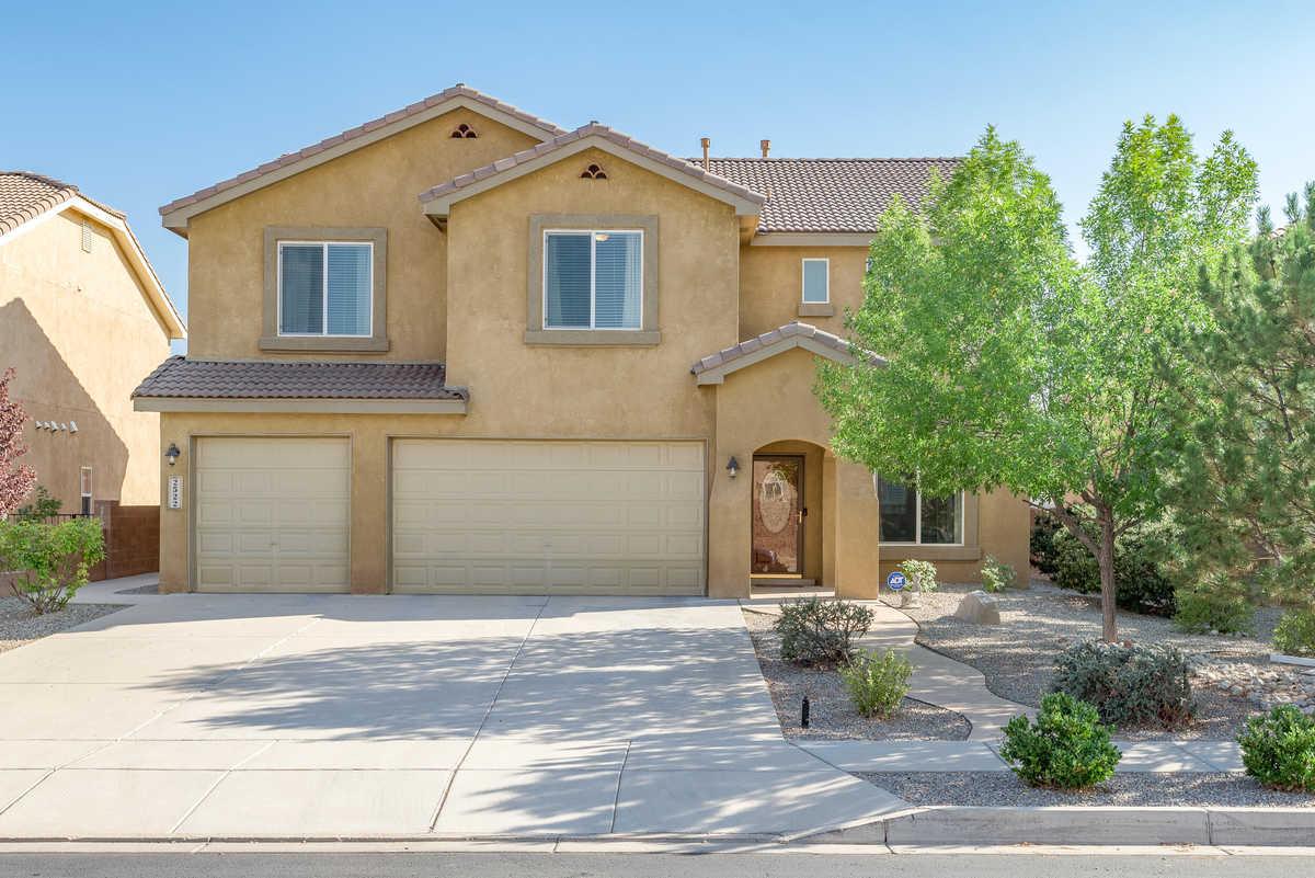 $439,000 - 4Br/3Ba -  for Sale in Rio Rancho