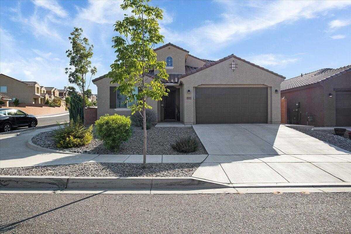$480,000 - 5Br/3Ba -  for Sale in Rio Rancho