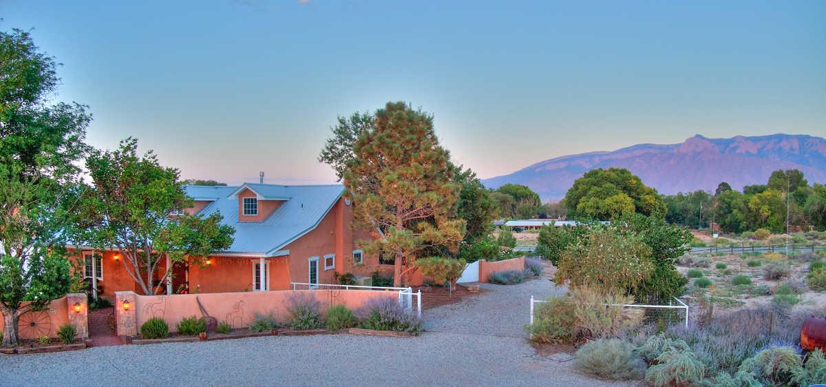 $879,900 - 3Br/3Ba -  for Sale in Rancho Corrales, Corrales