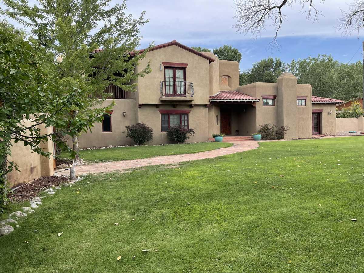 $749,000 - 3Br/3Ba -  for Sale in Berna-val Estates, Corrales