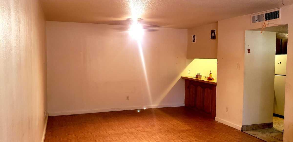 $105,000 - 2Br/1Ba -  for Sale in Santa Fe