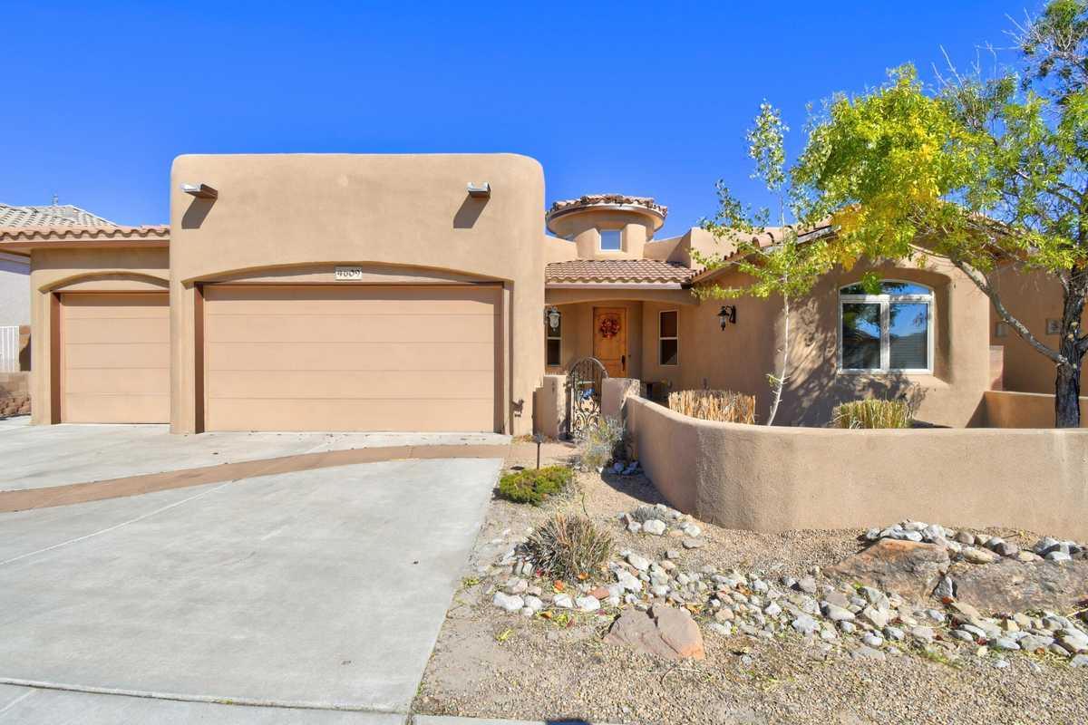 $435,000 - 3Br/2Ba -  for Sale in Albuquerque