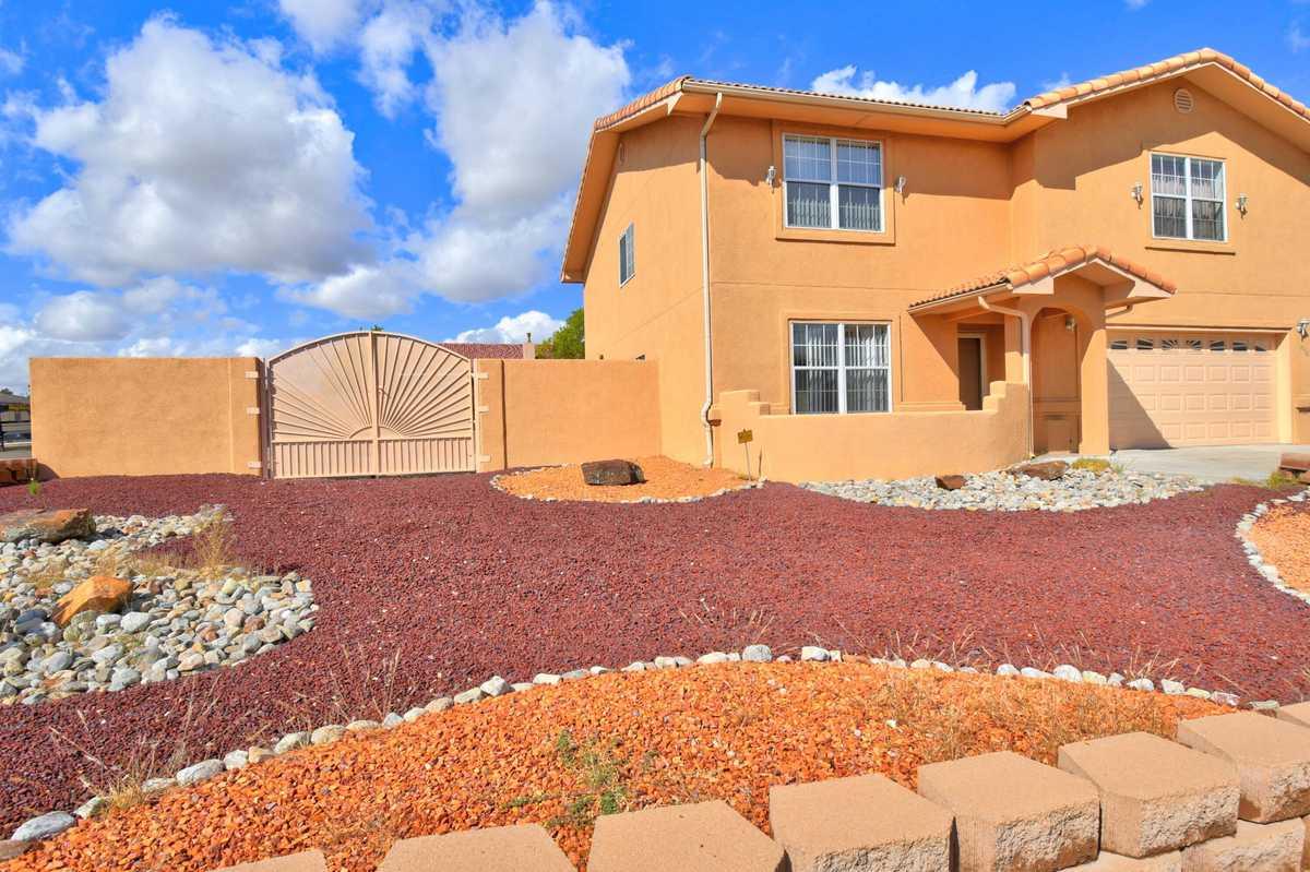 $350,000 - 4Br/3Ba -  for Sale in Albuquerque