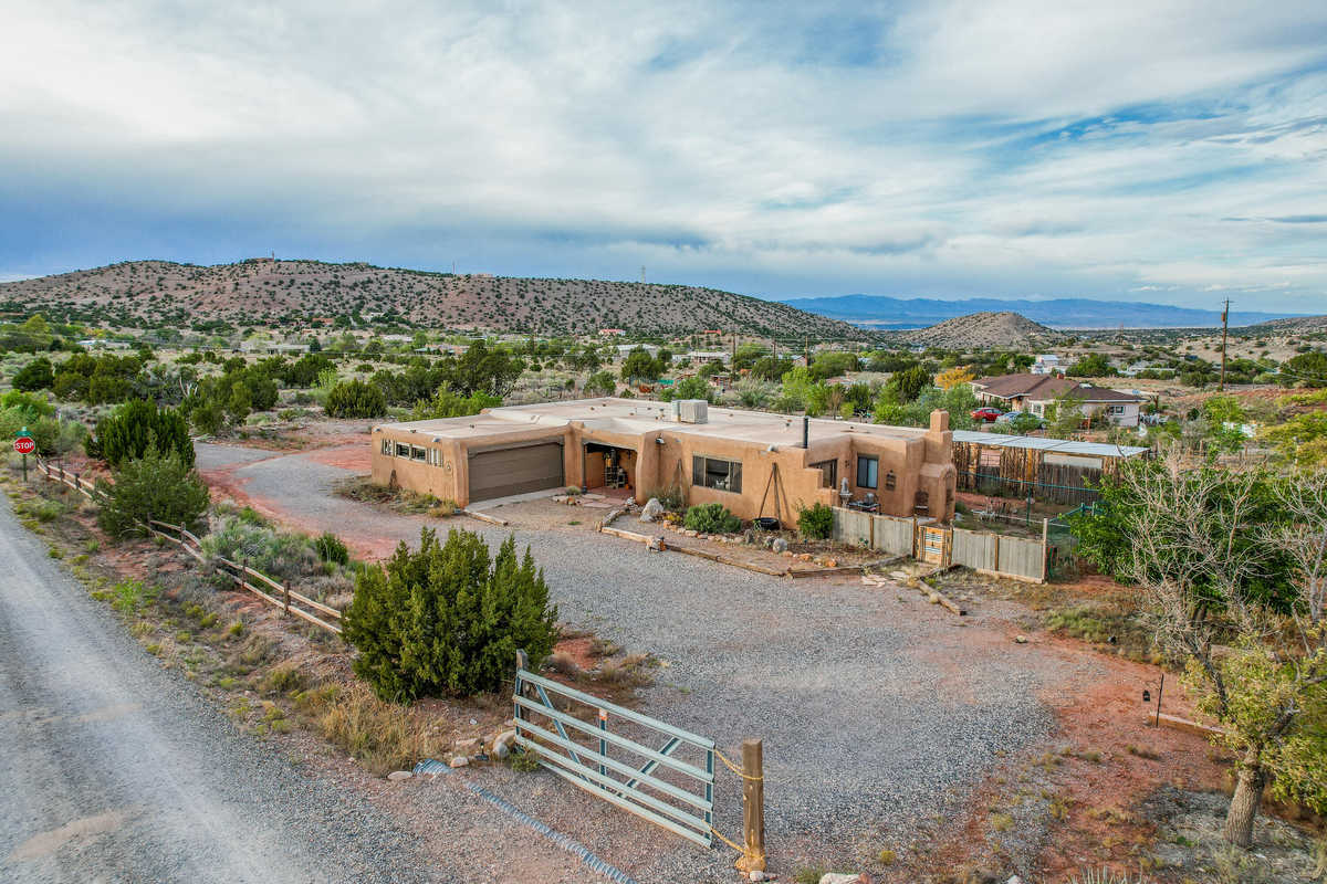 $349,000 - 3Br/2Ba -  for Sale in Placitas Heights, Placitas
