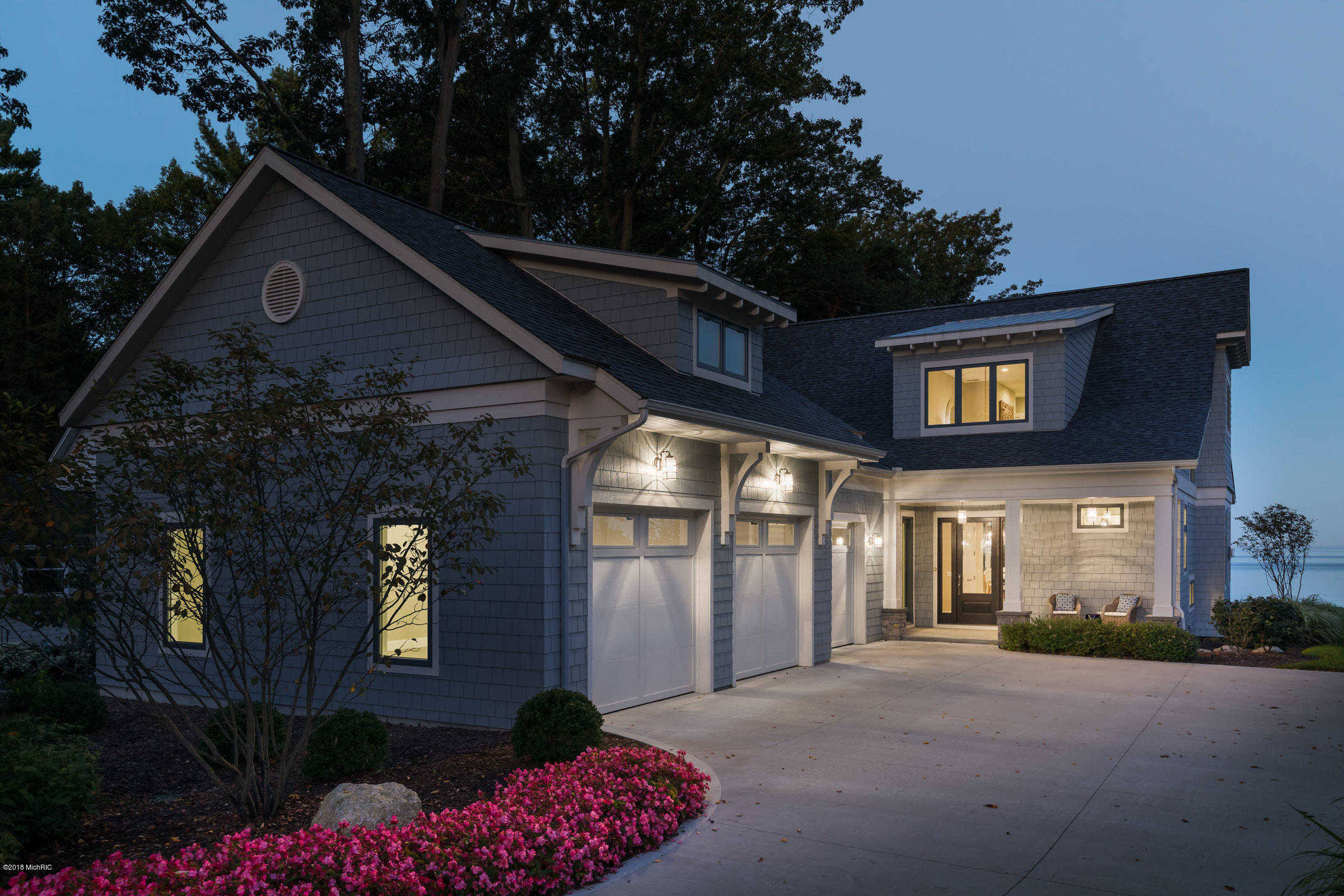 $2,395,000 - 6Br/7Ba -  for Sale in South Haven