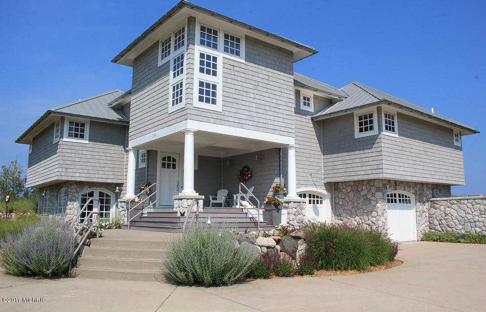$1,355,000 - 4Br/3Ba -  for Sale in Manistee