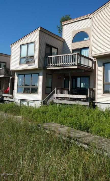 $380,000 - 4Br/3Ba -  for Sale in Whitehall