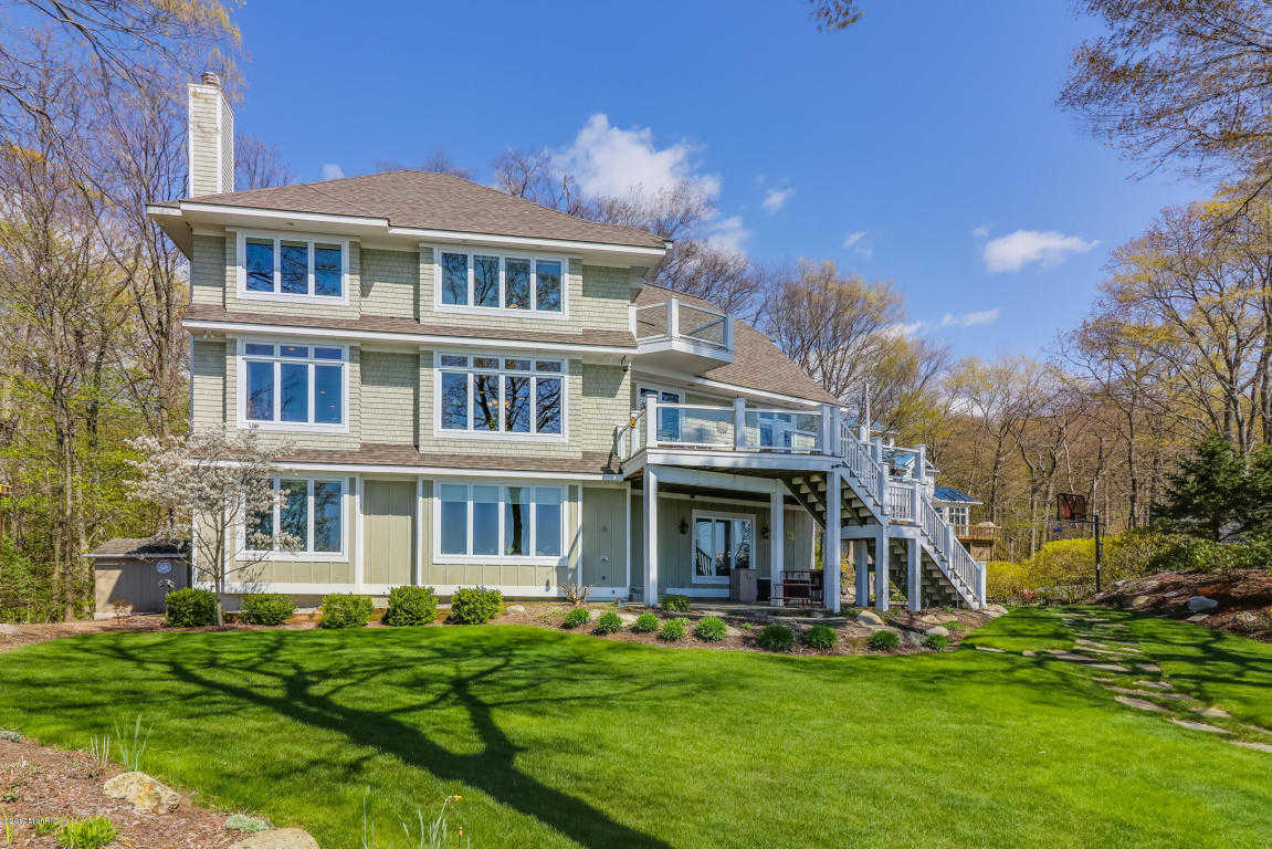$1,665,000 - 4Br/3Ba -  for Sale in Grand Haven
