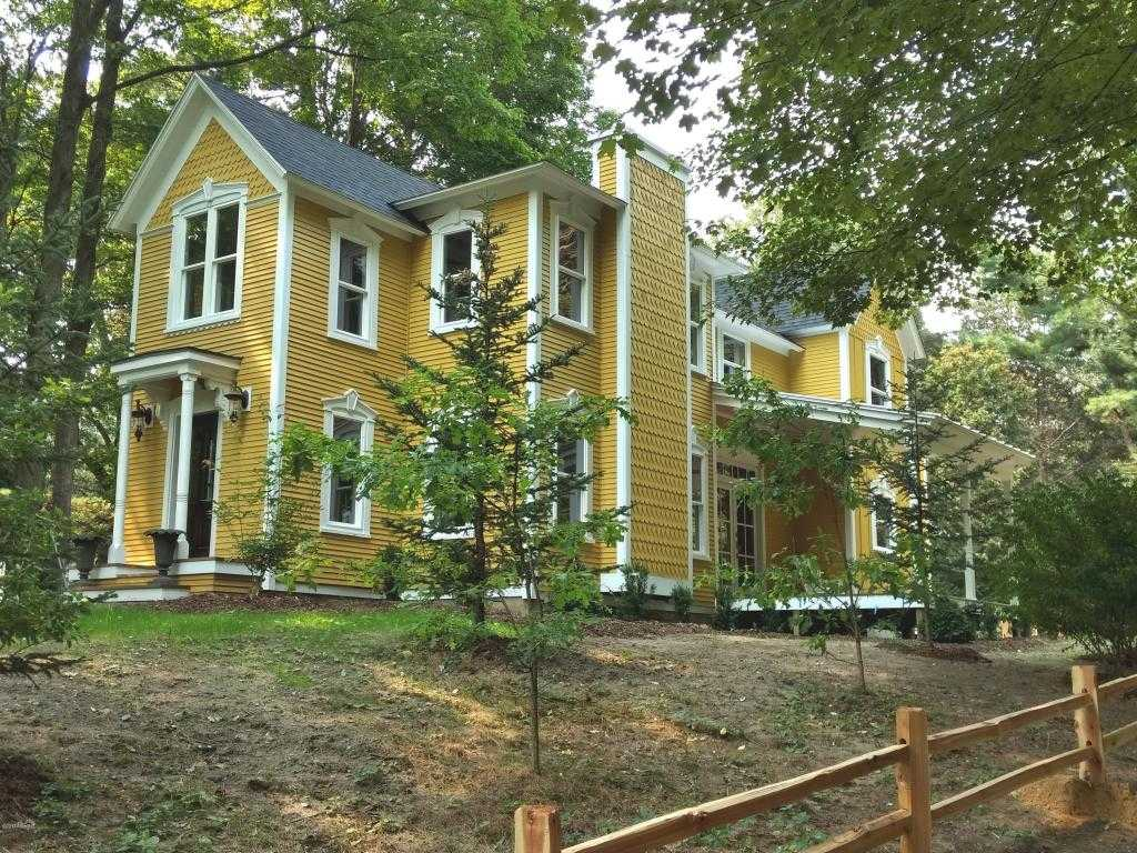 $629,000 - 4Br/5Ba -  for Sale in Douglas