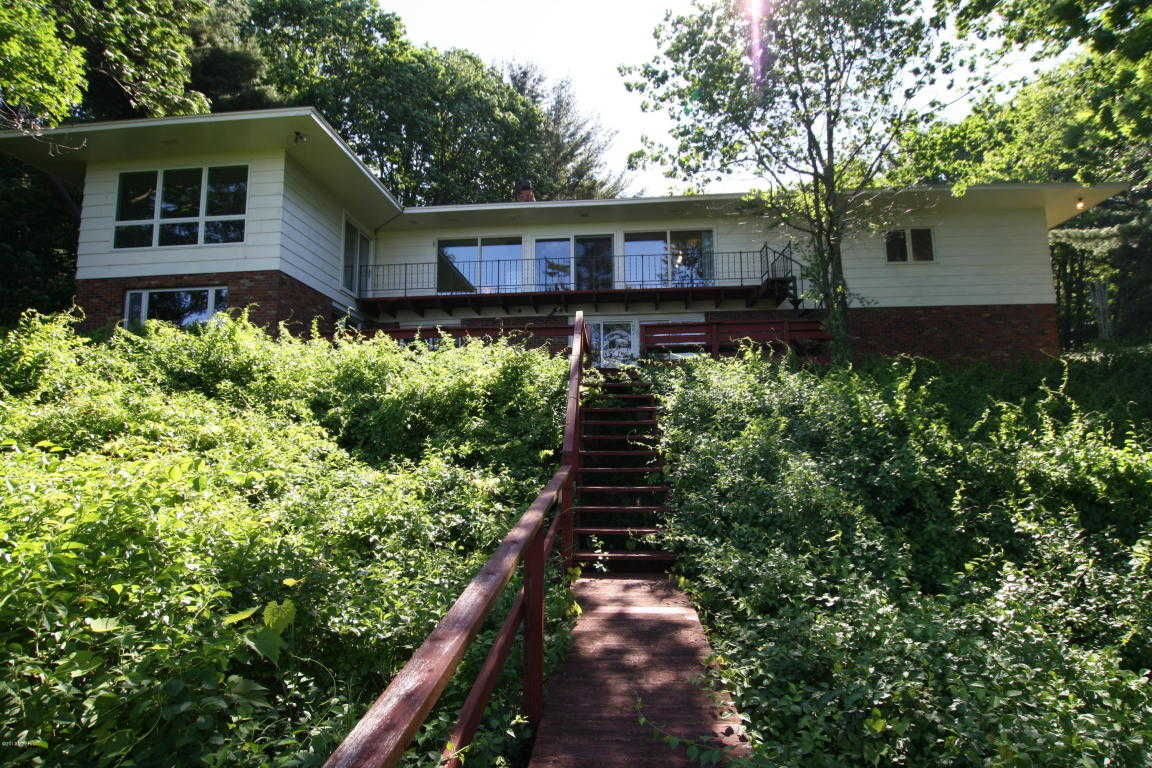$749,000 - 3Br/4Ba -  for Sale in Montague