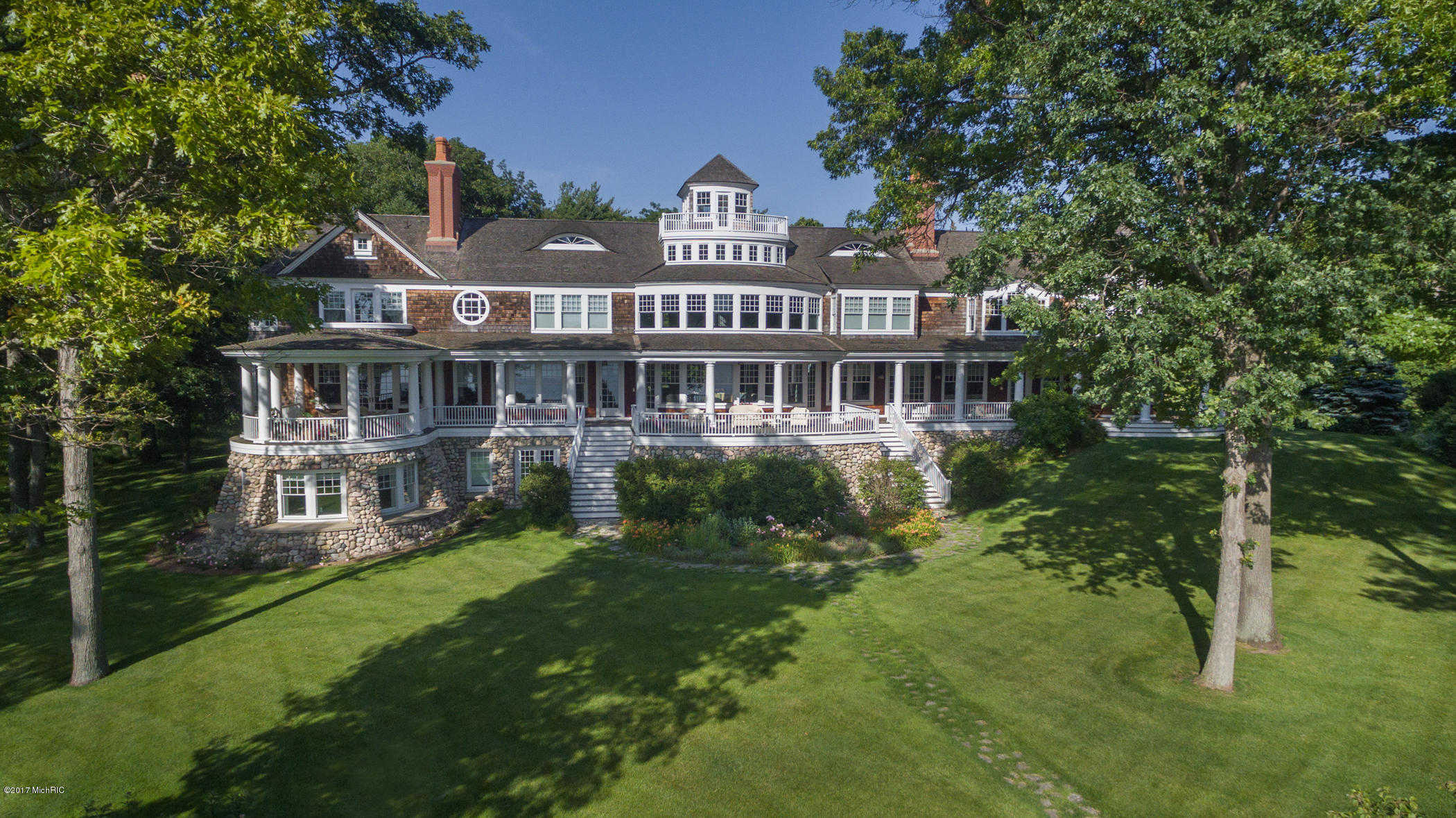 $8,900,000 - 5Br/7Ba -  for Sale in Holland