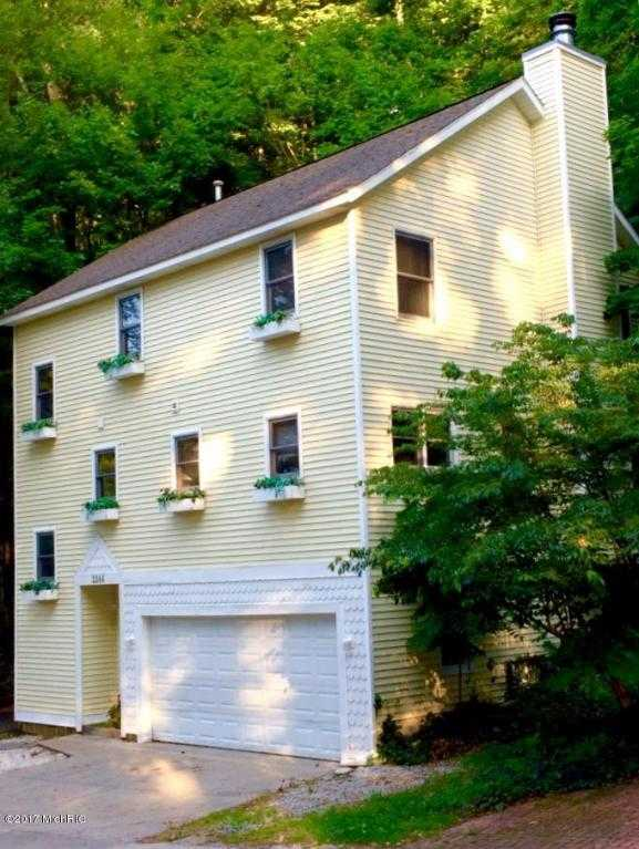 $449,900 - 3Br/2Ba -  for Sale in Macatawa