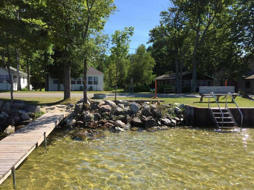 $238,000 - 2Br/1Ba -  for Sale in Bear Lake