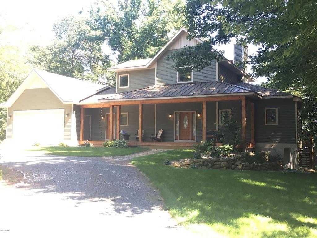$479,000 - 4Br/4Ba -  for Sale in Manistee