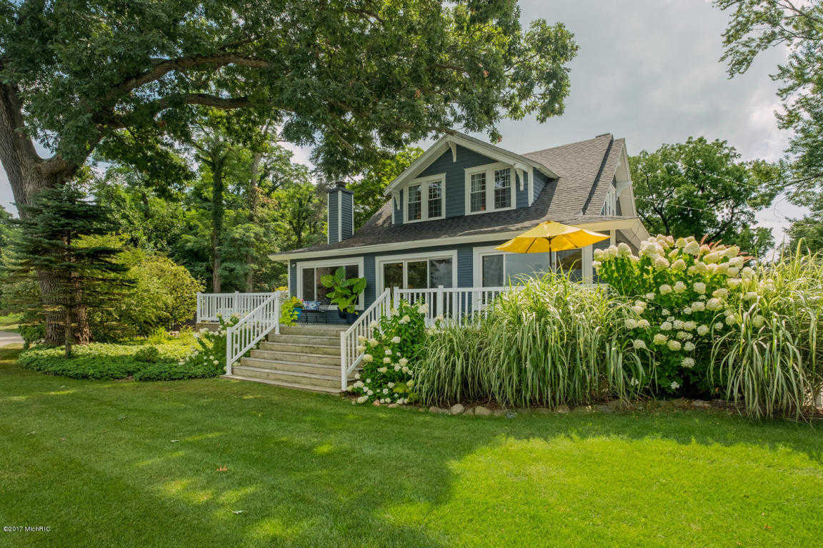 $799,000 - 8Br/6Ba -  for Sale in Paw Paw