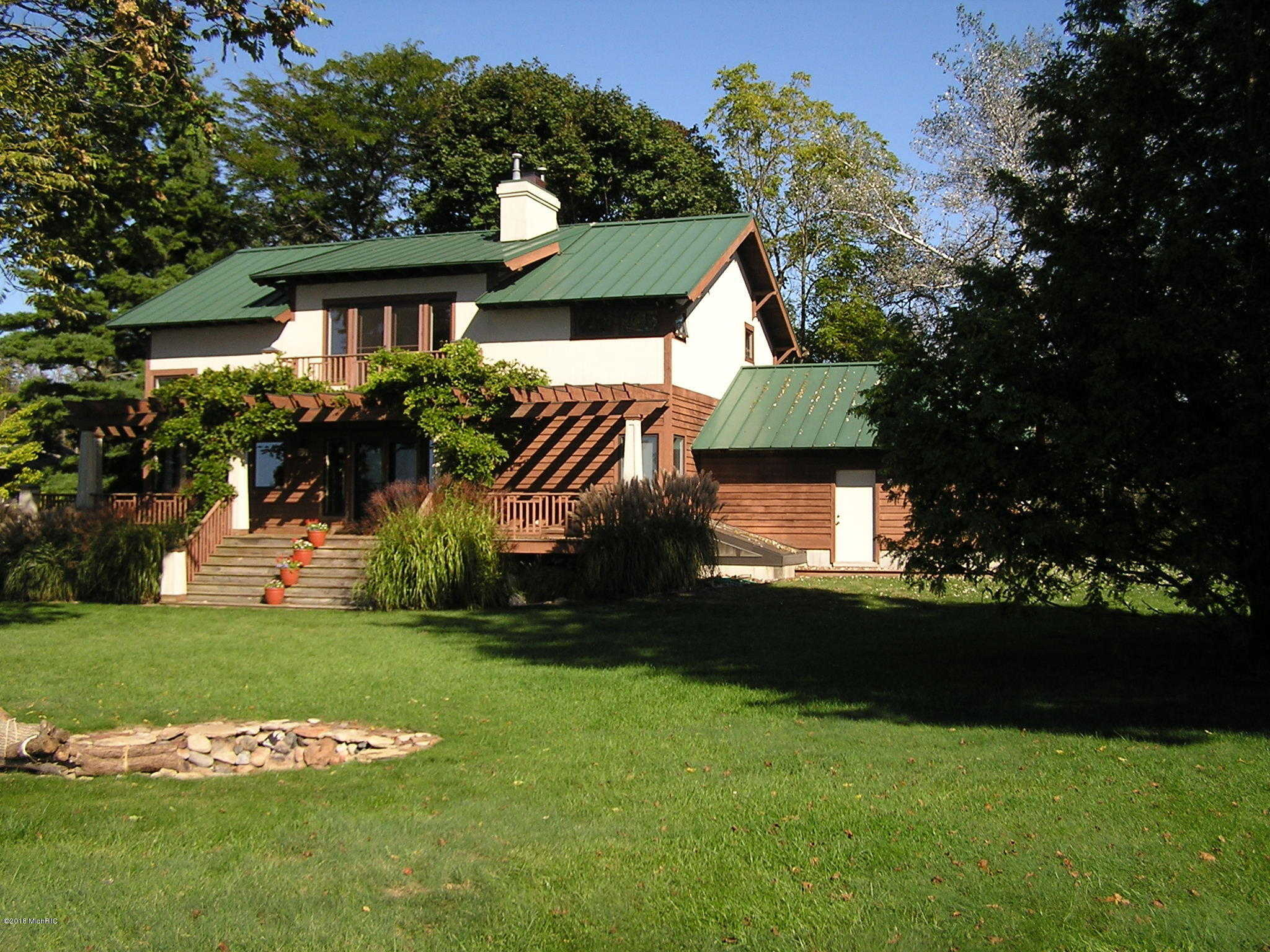 $1,050,000 - 3Br/2Ba -  for Sale in South Haven