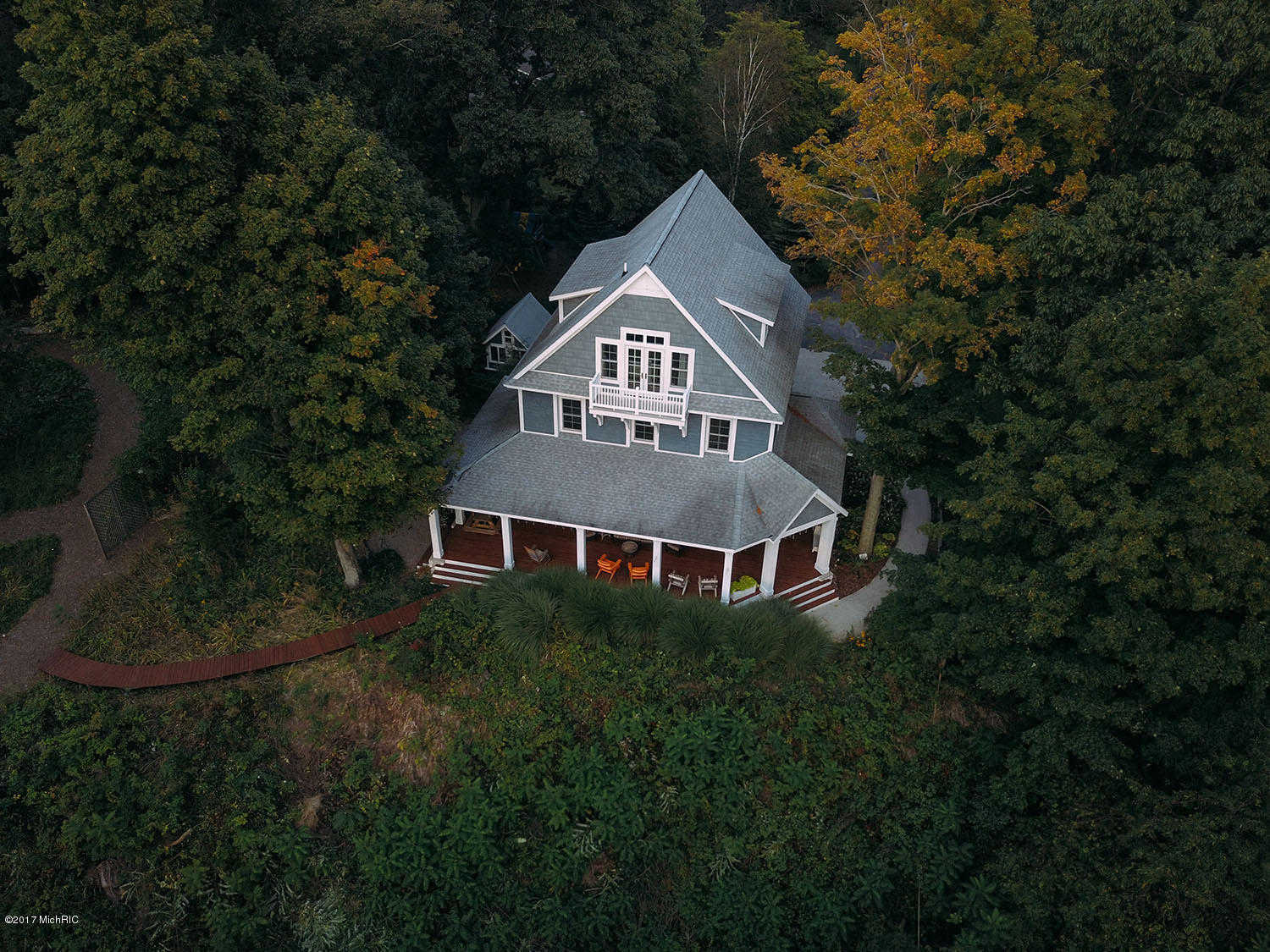 $1,690,000 - 5Br/5Ba -  for Sale in Montague