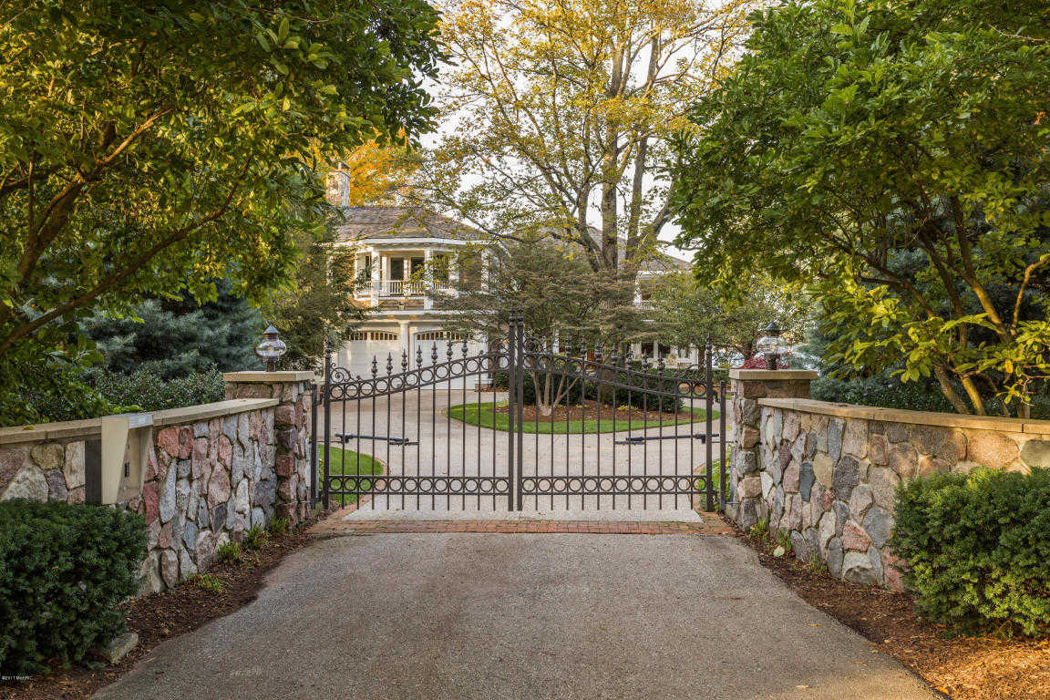 $4,650,000 - 6Br/9Ba -  for Sale in Holland
