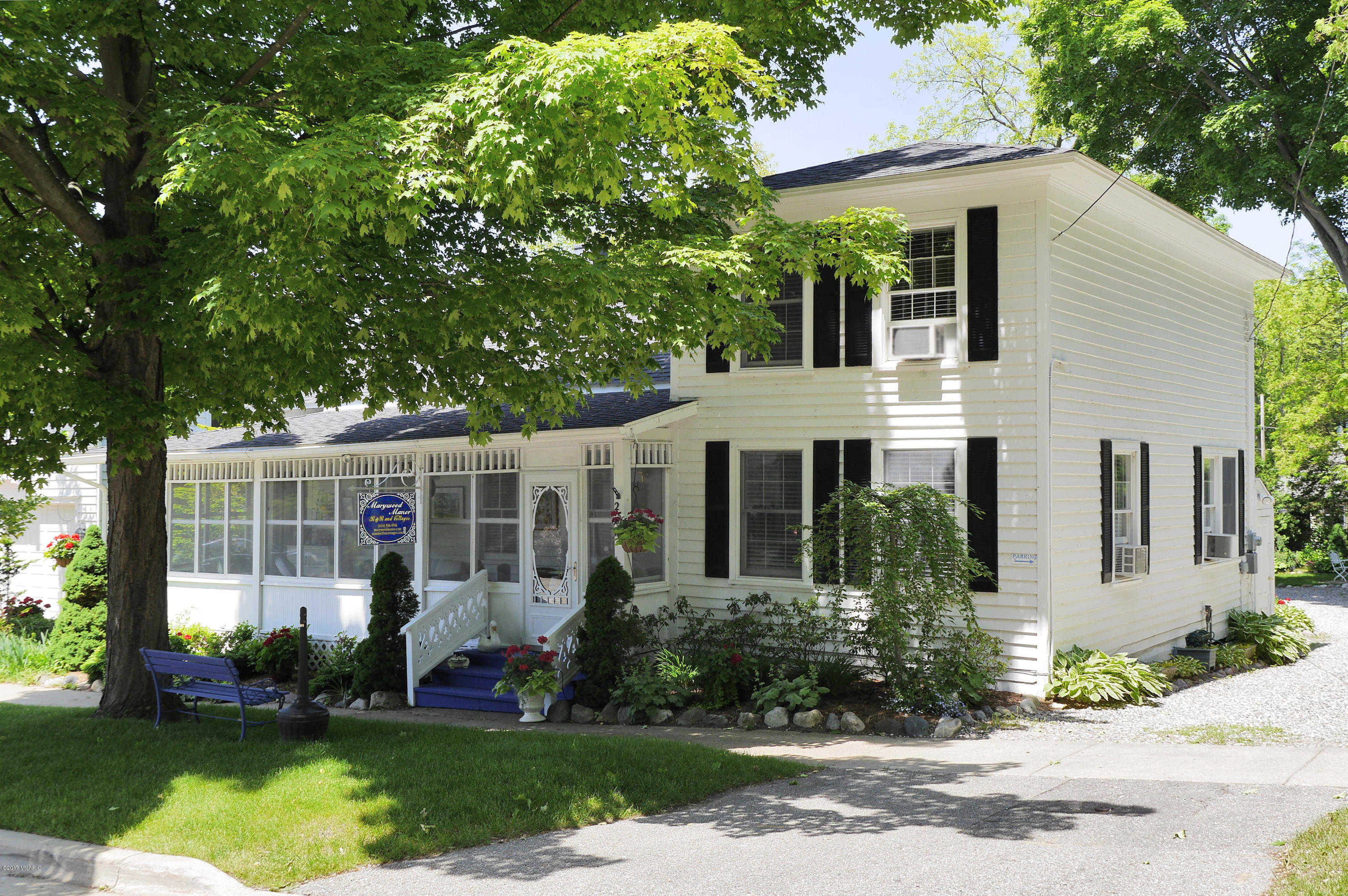 $1,149,900 - 7Br/5Ba -  for Sale in Saugatuck