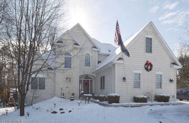 $329,000 - 5Br/5Ba -  for Sale in Paw Paw