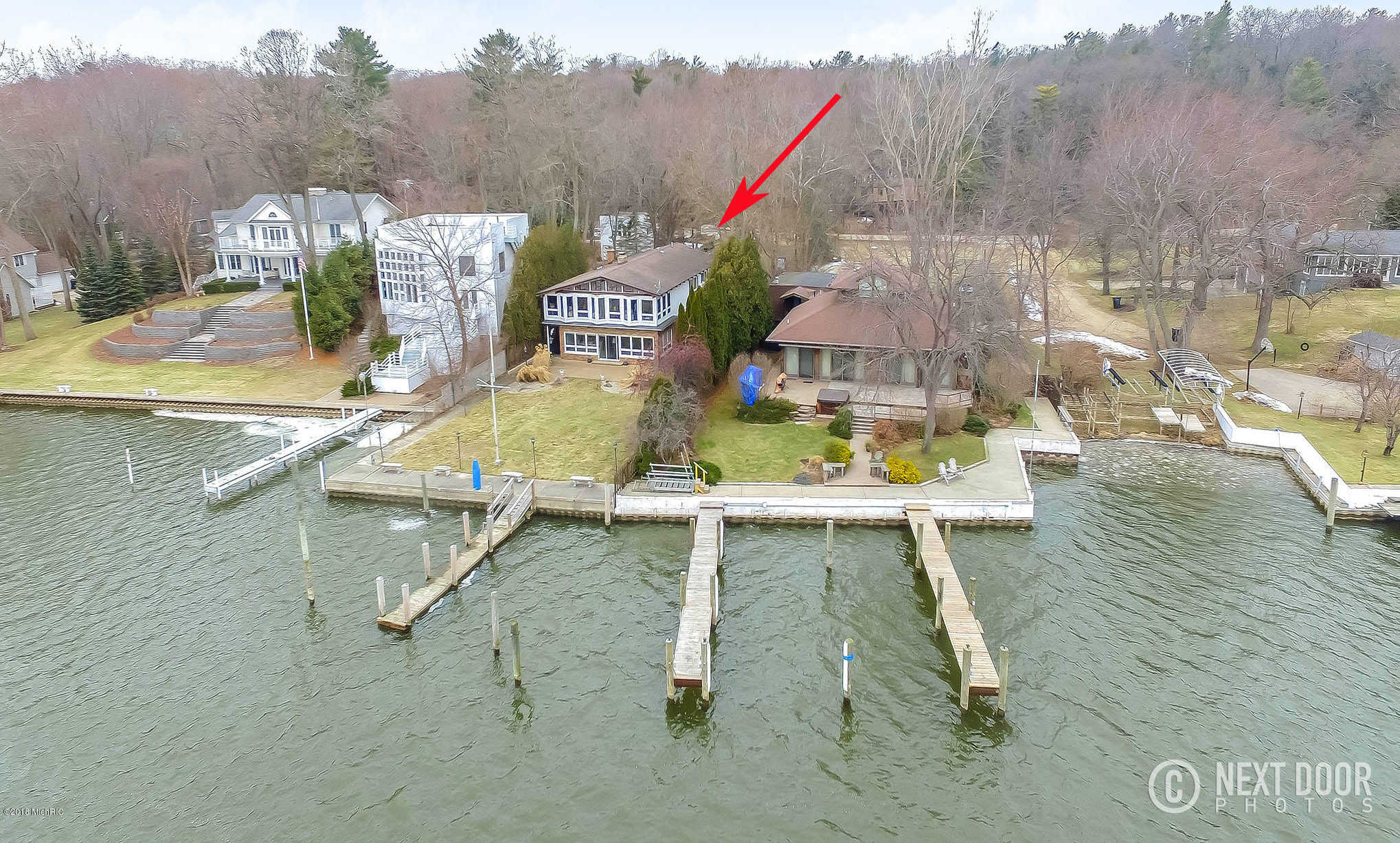 $975,000 - 4Br/5Ba -  for Sale in Saugatuck