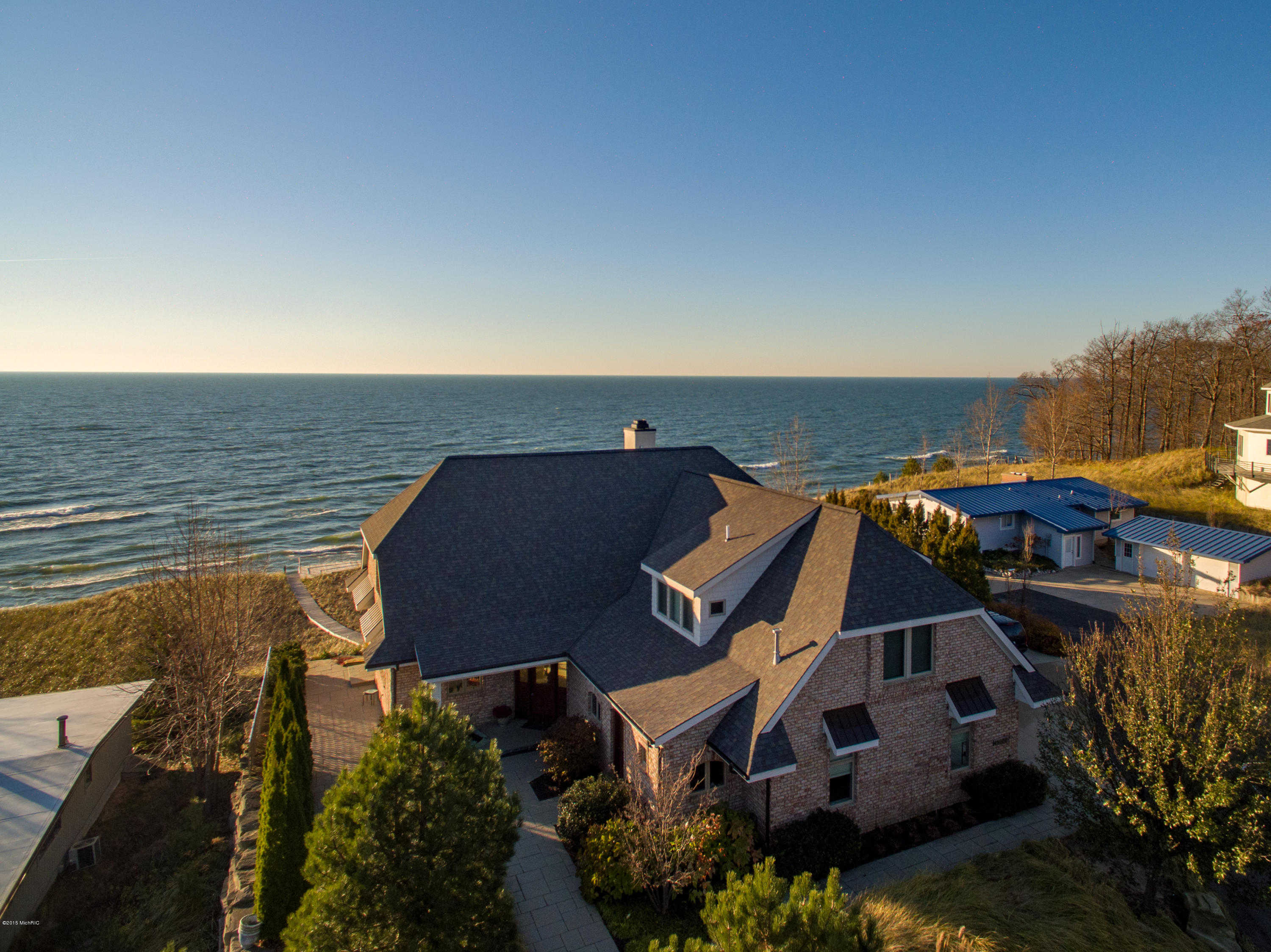 $1,749,500 - 4Br/4Ba -  for Sale in Grand Haven