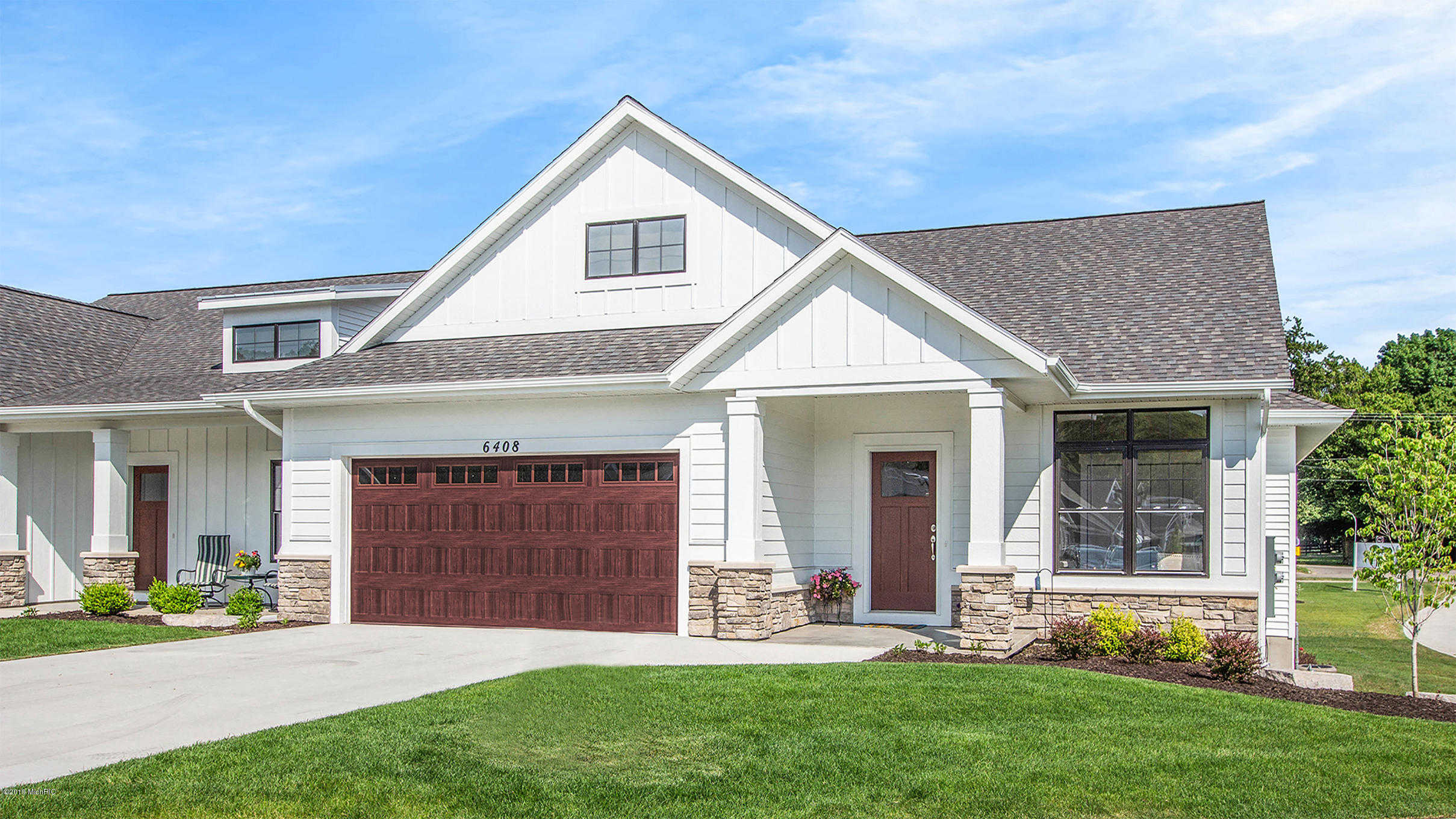 $395,025 - 4Br/3Ba -  for Sale in Holland