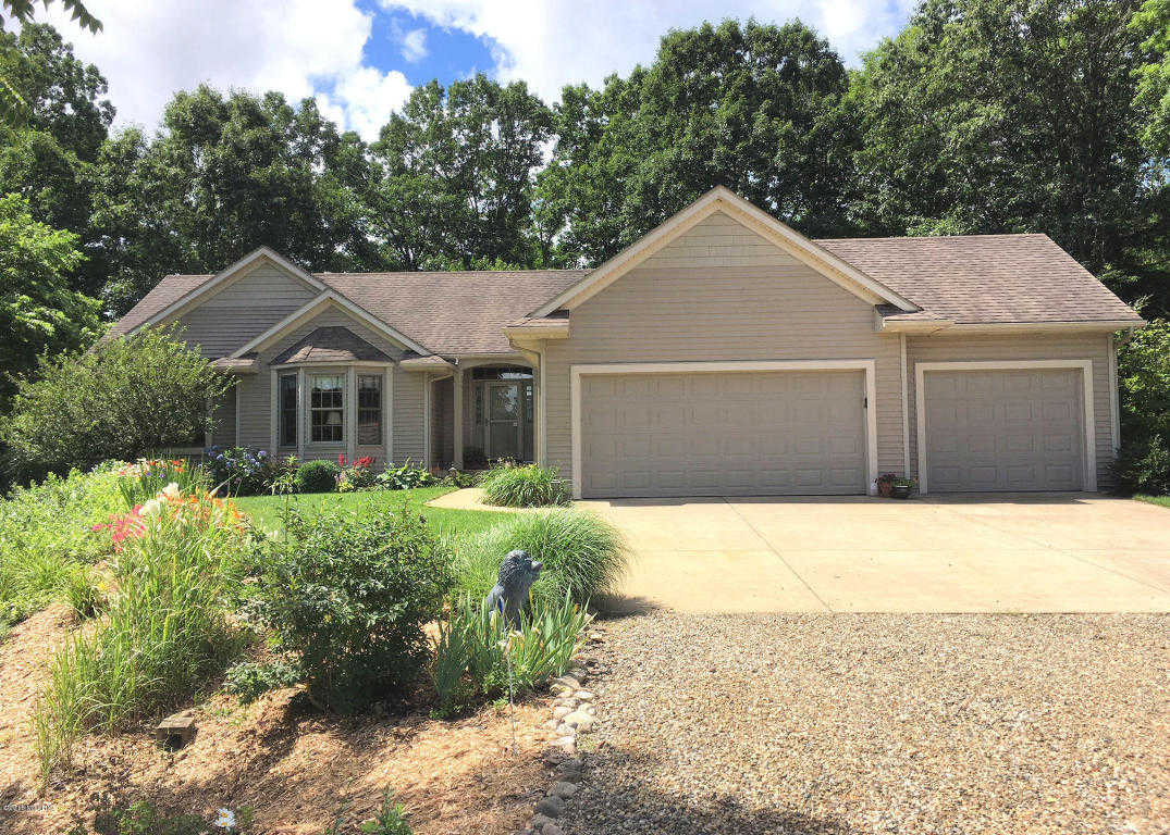 $560,000 - 4Br/3Ba -  for Sale in Gobles