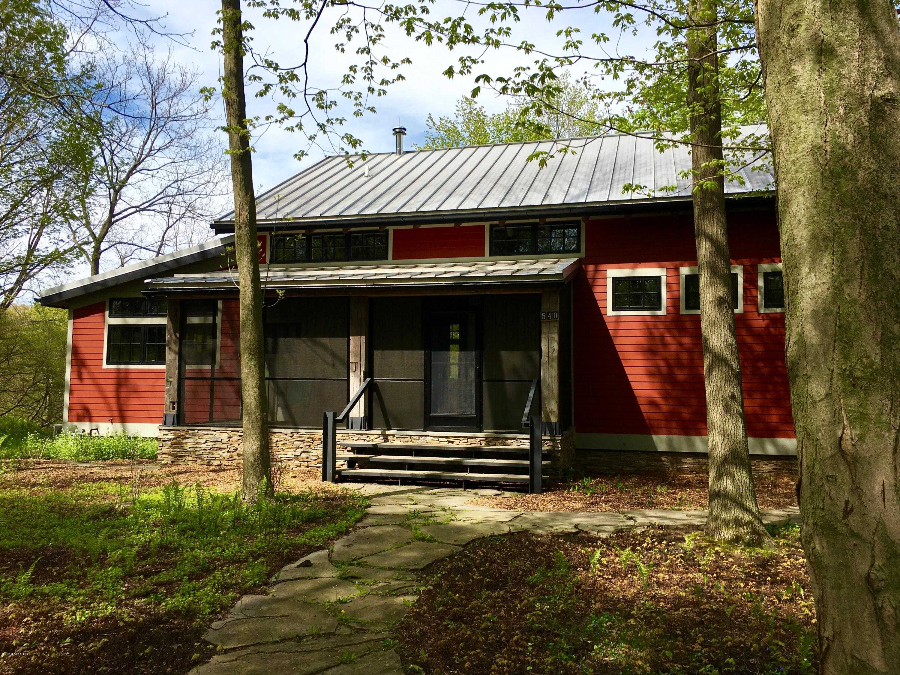$950,000 - 4Br/4Ba -  for Sale in Saugatuck
