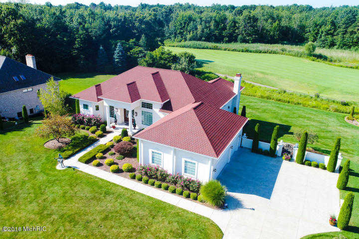 $595,000 - 4Br/4Ba -  for Sale in Saugatuck