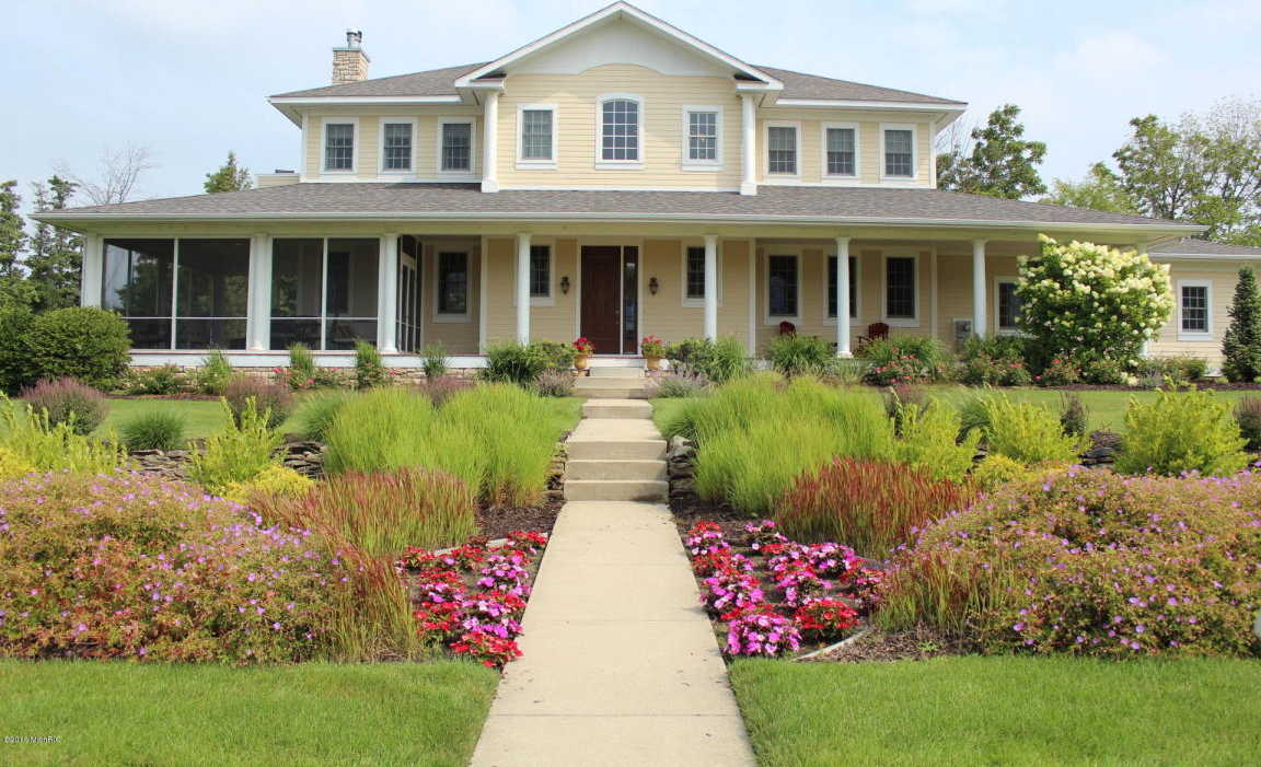 $1,100,000 - 5Br/5Ba -  for Sale in South Haven