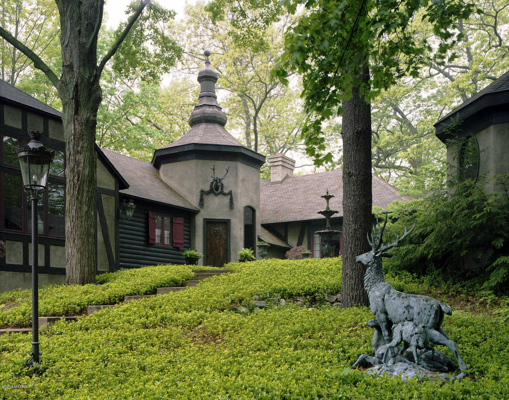 $2,400,000 - 3Br/3Ba -  for Sale in Saugatuck