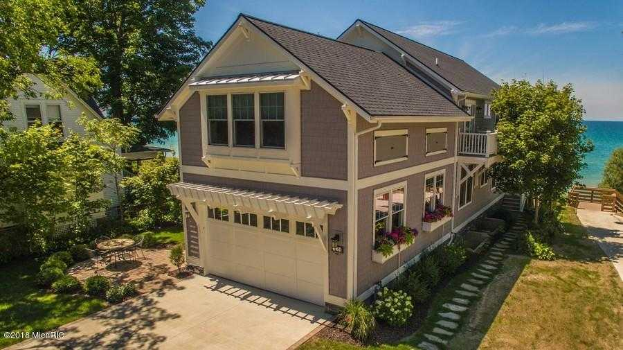 $2,500,000 - 7Br/5Ba -  for Sale in South Haven