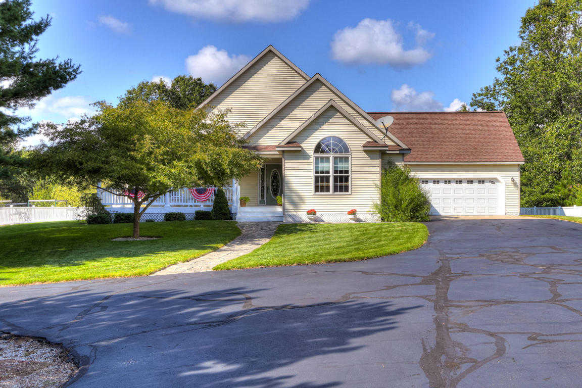 $399,900 - 4Br/3Ba -  for Sale in Whitehall