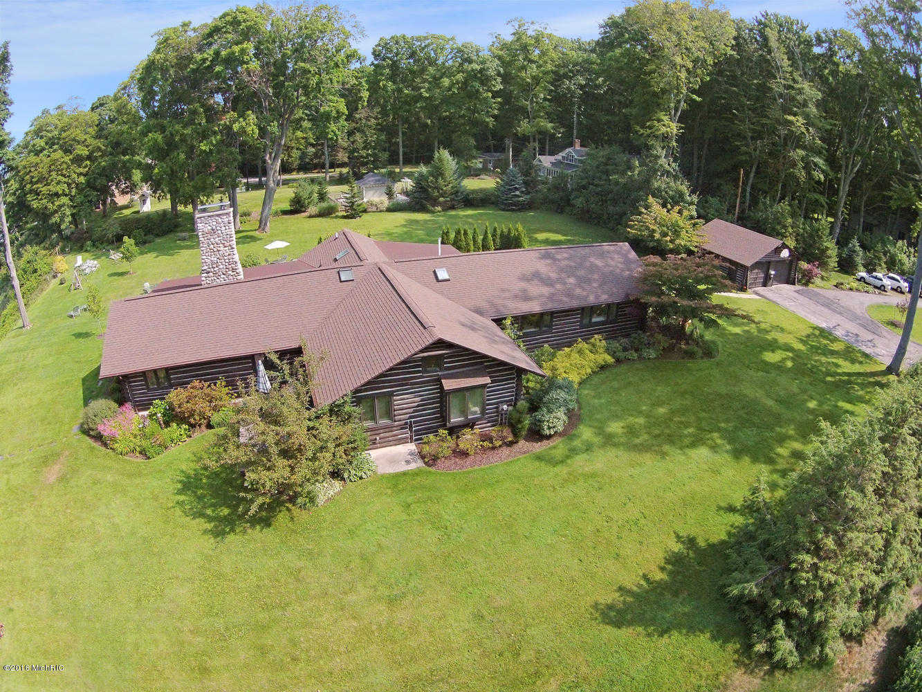 $1,000,000 - 3Br/3Ba -  for Sale in Muskegon
