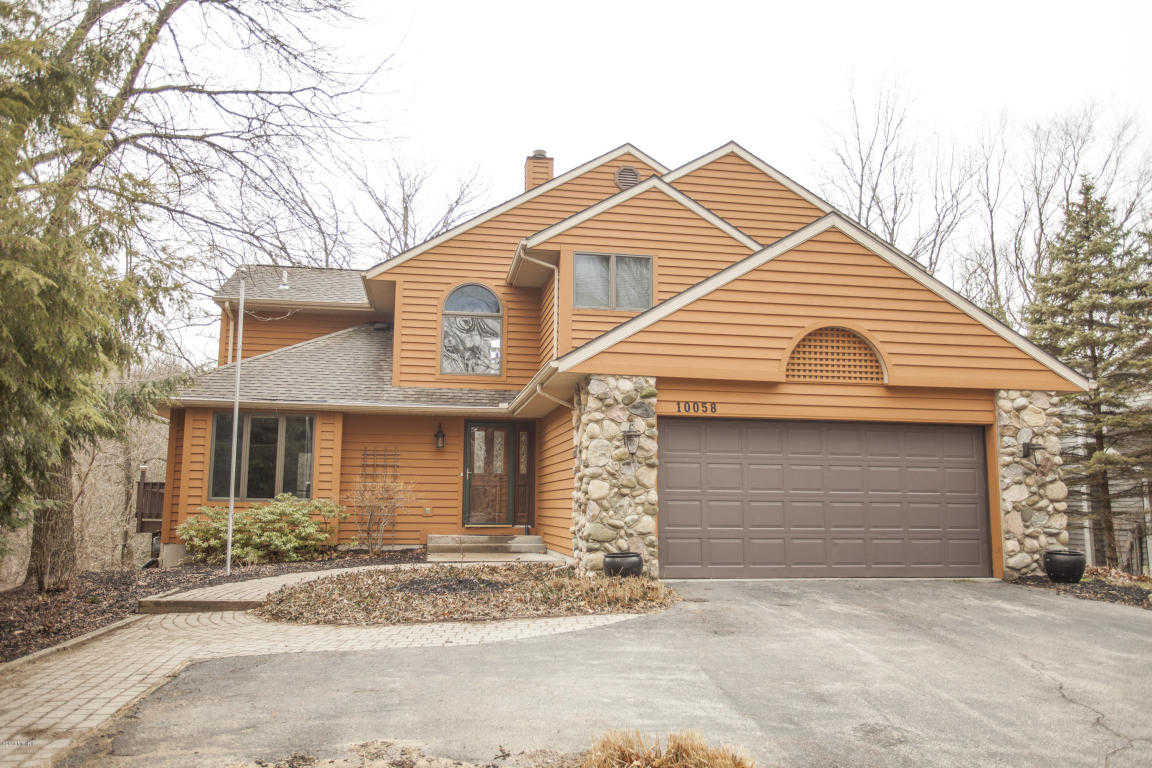 $449,000 - 4Br/4Ba -  for Sale in Bridgman